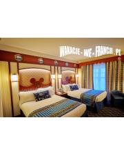 DISNEYLAND - HOTEL NEWPORT BAY CLUB - przykładowy pakiet dla 4 osób